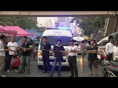 Bangkok blast kills woman and child, injures at least 24