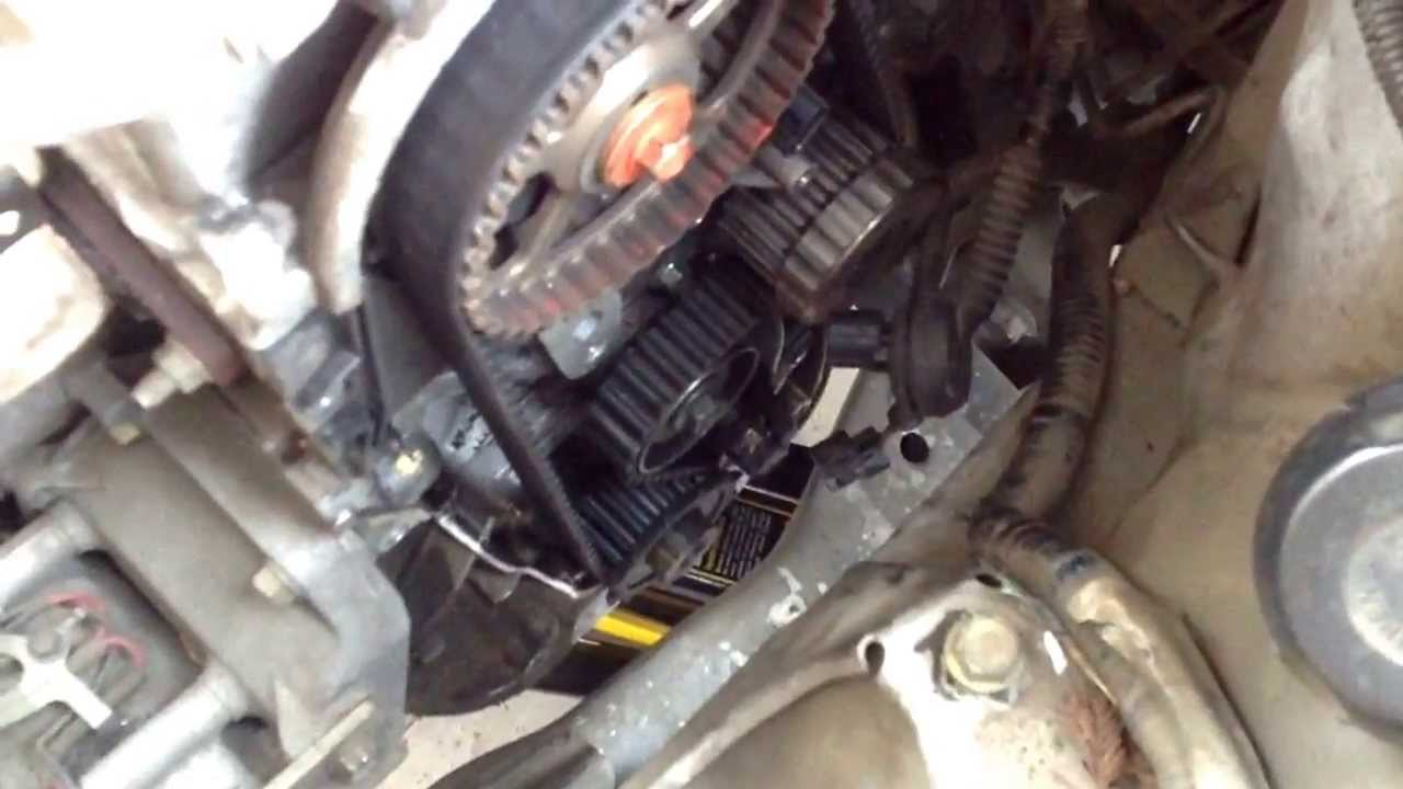 Broken timing belt tensioner spring 2003 honda civic youtube for Honda civic timing belt replacement