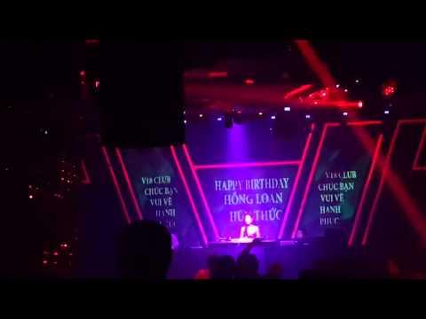 [LIVE] DJ Oxy Vs Anh Không Đòi Quà in V18 Club Cần Thơ