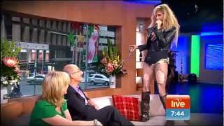 ★TOO RACY?★ Kesha Sings LIVE Cannibal 'We R Who We R