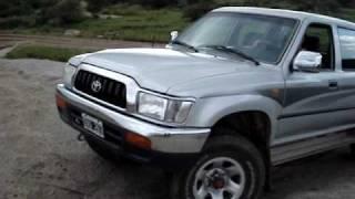 Toyota Hilux 4x4 En Las Sierras De Córdoba, Argentina