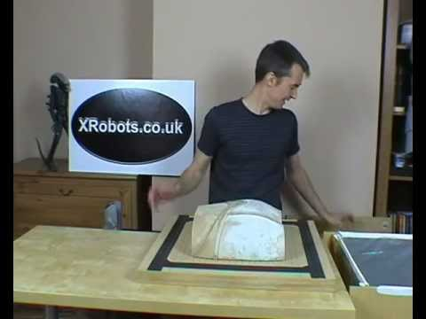 XRobots - How to build a vacuum forming machine including my easy heating solution