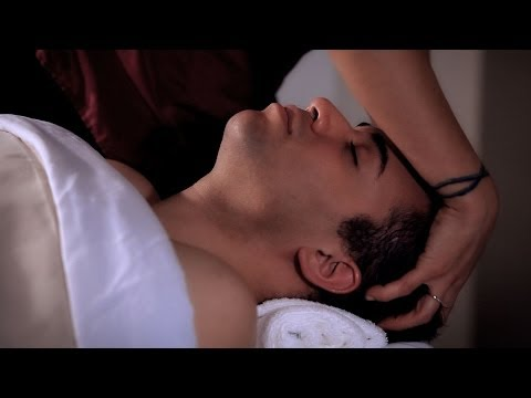 How to Use Gliding Strokes   Head Massage