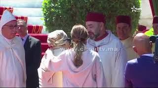 بالفيديو..الملك محمد السادس يتبادل أطراف الحديث مع عائشة الخطابي خلال استقبالها بقصر مرشان بطنجة   |   قنوات أخرى