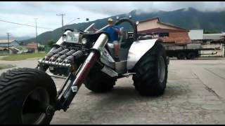 Dude Builds A Massive Trike