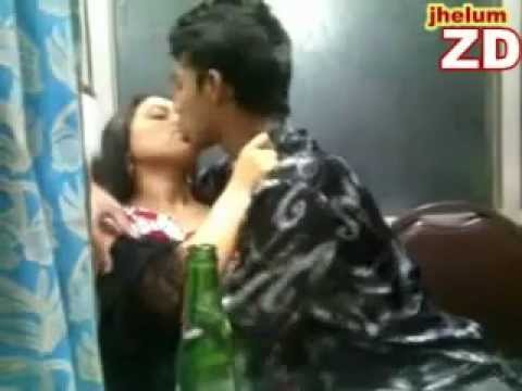 indian kiss sexy couple by ZD jhelum