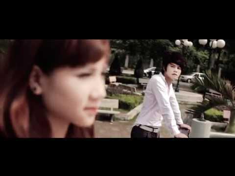 [MV] Tự Nhiên Khóc - Yuki Huy Nam | RatVui.Info Entertaiments