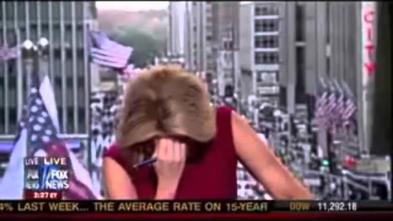 Megyn Kelly Farts Live On Fox News Channel Tv Youtube