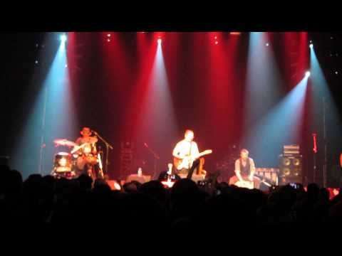 Violent Femmes @ Metropolis, Montreal, July 3rd 2014 / Blister In The Sun