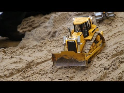 RC CAT 3x Dozer Emslandmodellbau 2014