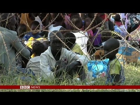 'THOUSANDS' TAKE REFUGE AT UN BASES IN SOUTH SUDAN - BBC NEWS