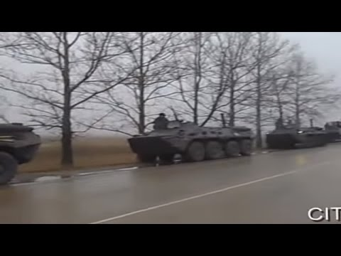 Ukrainian Road Police stops Russian Armored Vehicles near Simferopol in Crimea