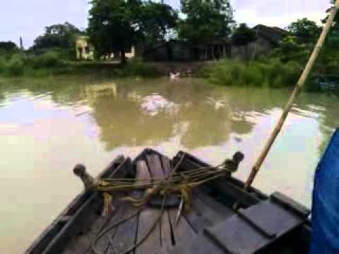 BANGLADESHI SHIP RUNNING ON THE RIVER