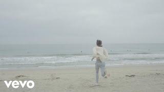 Превью из музыкального клипа Lucien Dante ft. LU READS - LOVE ME LESSONS