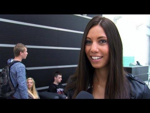 Hình ảnh trong video Ausbildungsstart 2013 bei der Krones AG