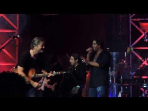 Victor & Leo - Conheço pelo cheiro quem é o meu amor - Teatro Positivo - 15-09-2013