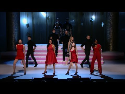 Shirley Maclaine 2013 Kennedy Center Honors Tribute (Full Musical Performance)