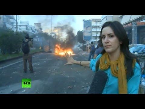 Пороховая бочка: в Греции идут столкновения антифашистов с неофашистами