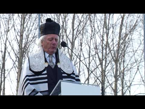 Shimon Farkas Chants Eil Malei Rachamim for Holocaust Victims - 2013 March of the Living Ceremony