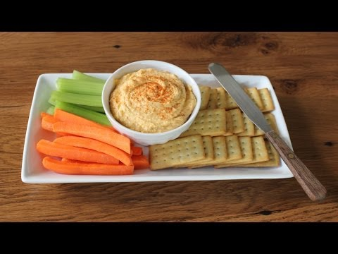 Kentucky Beer Cheese - Spicy Cheddar & Beer Spread - Super Bowl Recipes