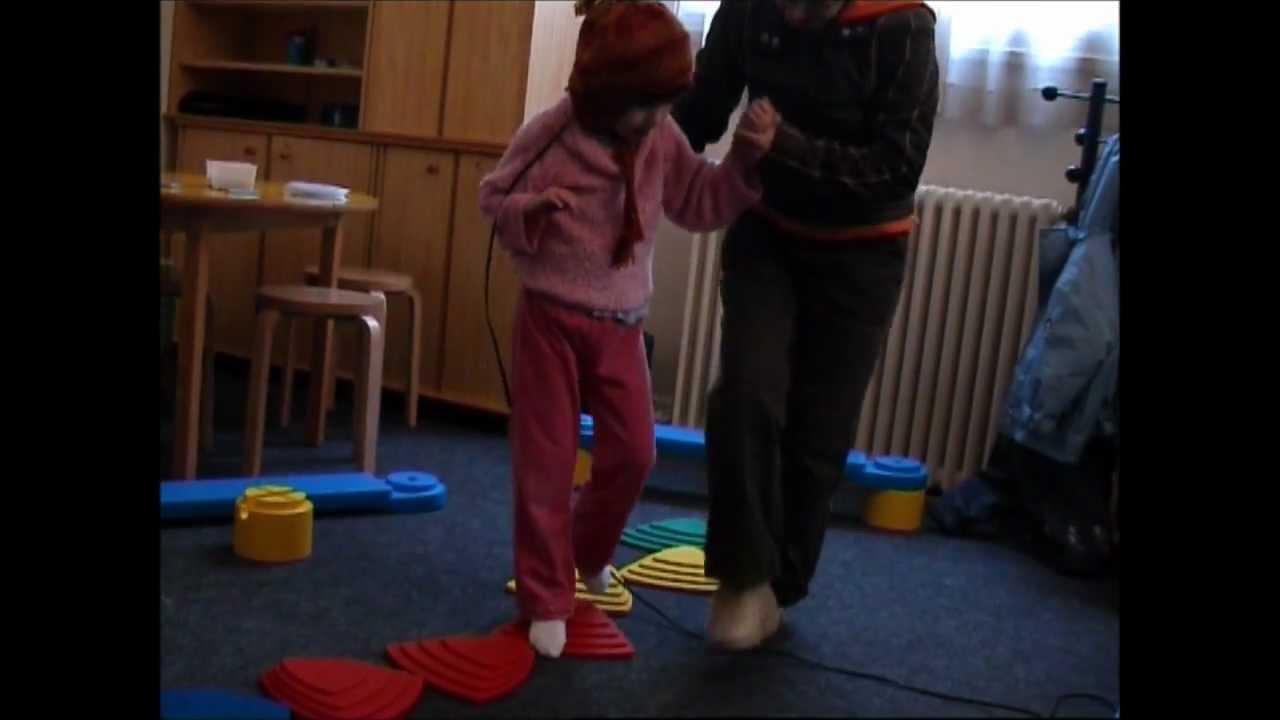 Alix - Tomatis 2005 - Syndrome de Rett - Partie IV, îlots