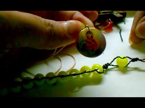 Como hacer un bello rosario paso a paso con medallas - Que puedo hacer con un palet ...