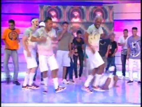 Participação completa na ``Dança do Passinho`` com os`` Havaianos`` na Tv Xuxa