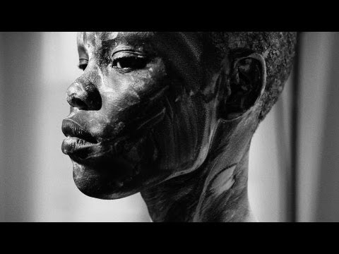 Runway Supermodel Grace Bol as Black Venus - Rare Art Video (nudity)
