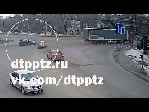 """ДТП на перекрёстке """"Калинина - Ключевское шоссе"""""""