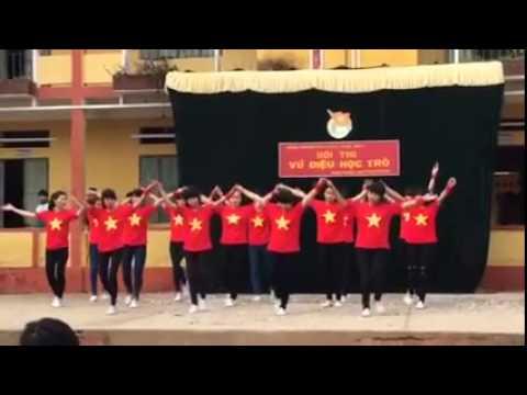 Nhảy dân vũ *Bèo dạt mây trôi - Nối vòng tay lớn* 11c1 PTLC 2-3 Trấn Yên 2