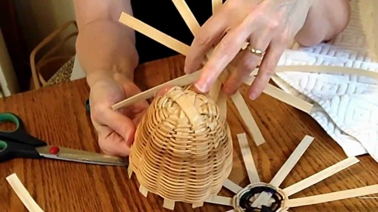 How To Make A Weave A Basket : Basket weaving