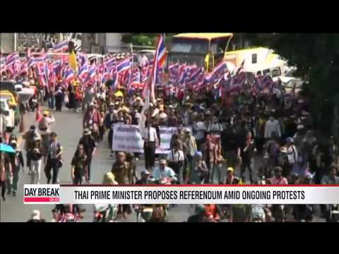 Thai Prime Minister proposes referendum; Thai opposition party resigns from parliament