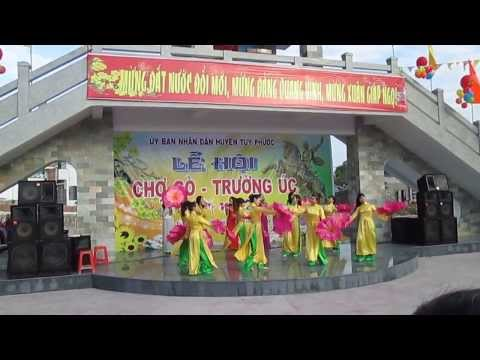 Chợ Gò Giáp Ngọ 2014, liên khúc mừng Đảng mừng xuân mới