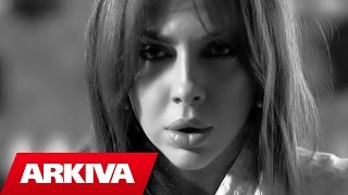 Ingrit Gjoni  Sa me larg Official Vide