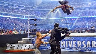 New Cryptic Teaser From Bray Wyatt, WWE NXT Star Turns 32, A Fury Of Bad WWE Landings (Video)