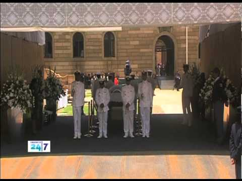 The UAE honors Nelson Mandela