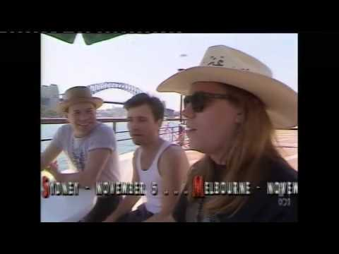 Violent Femmes - Busking in Sydney, 1990