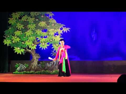 Thị mầu lên chùa Chèo Hà Nam