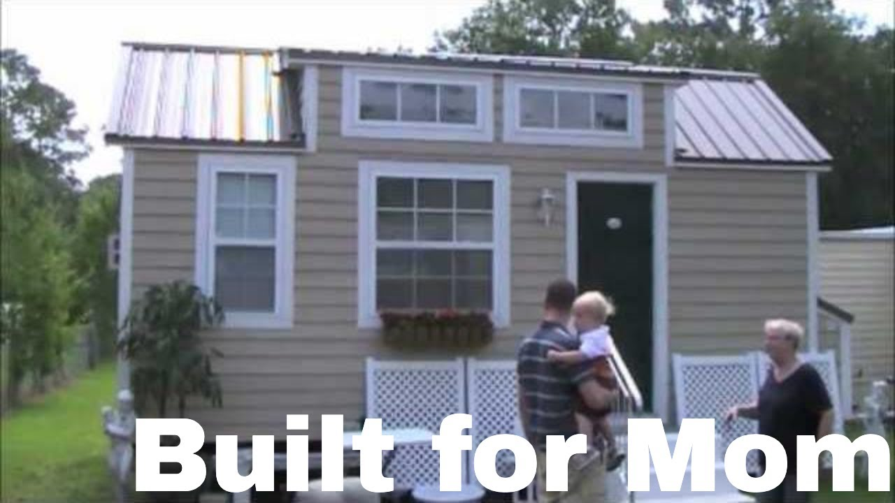 Dan Louches Tiny House on a Trailer with no Sleeping Loft