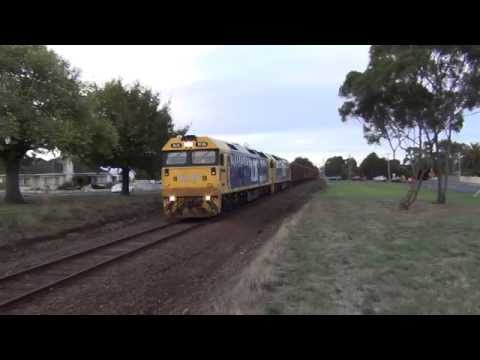 BL26, BL30 leading Pacific Nationals 7769 Iluka Mineral sand train through Hamilton, Victoria