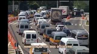 Protesto de vans fecha estrada em Juiz de Fora