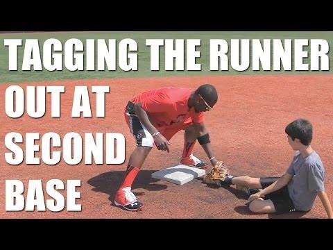 Baseball Tips: Tagging the runner with Brandon Phillips
