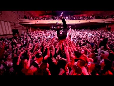 Bliss n Eso TV - House Of Dreams Tour feat. Yelawolf: Sydney 2013