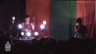 Purity Ring - Concert 2012