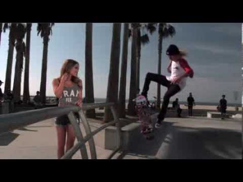 MMA Crossfire – Video: Slow & Hot with Brittney Palmer at Skate Park part 1