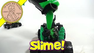 "Hot Wheels Black Hornet ""Buzz"" Attack Pack Slime-Inator"