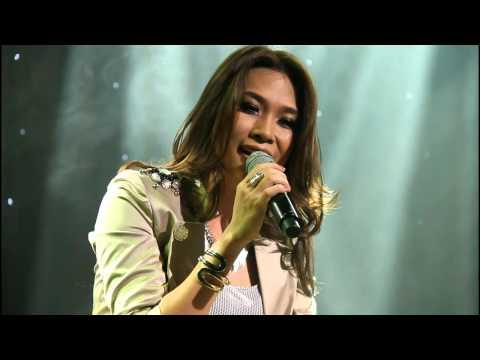 Co gai den tu hom qua - My Tam ( Da Vang 19.07.2012)