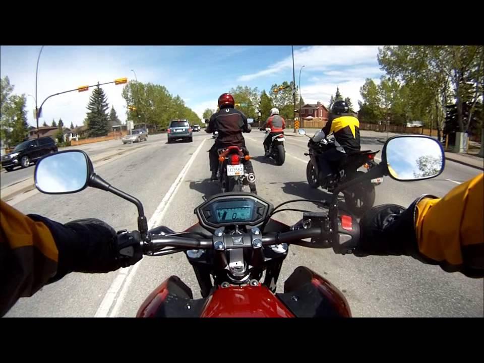 Honda CB500F - YouTube