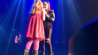 Demi Lovato Brings A Little Girl On Stage In Omaha, NE