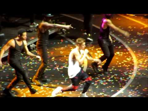 Justin Bieber Rocks Z100&#39;s 2012 Jingle Ball in NYC - Videos